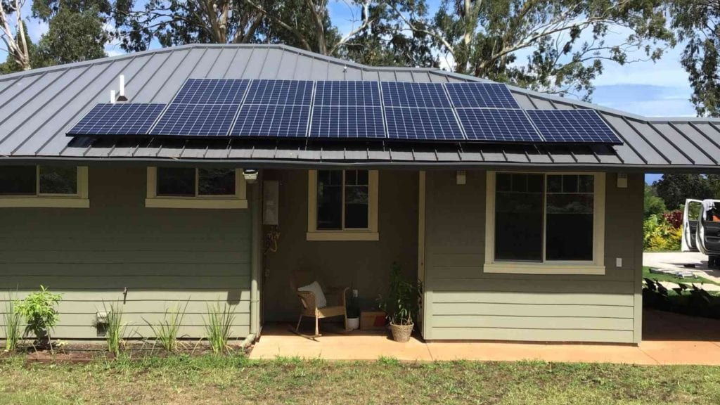 residential home with solar panels on roof from rising sun solar in Hawaii